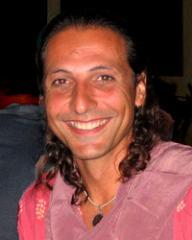http://www.the-savoisien.com/blog/public/img11/nassim/Nassim_Haramein.jpg