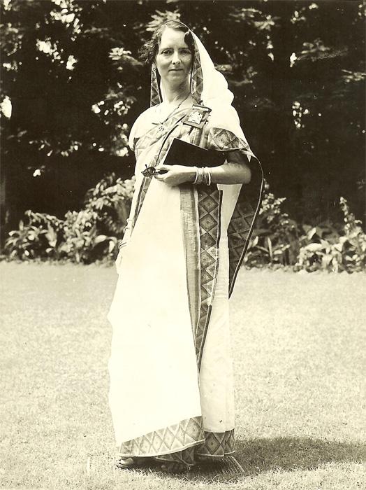 savitri_1940_Calcutta.jpg