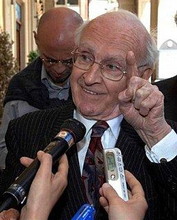 http://www.the-savoisien.com/blog/public/img17/Happy_Robert-Faurisson.jpg