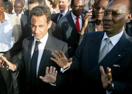 Issouf-Sanogo-AFP_Sarkozy-Deby_nov2007-3d733.jpg