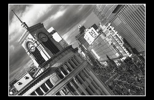 wako_clock_tower_at_Ginza_in_Tokyo.jpg