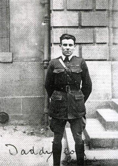 louis-ferdinand-celine-uniforme-rockefeller-1918.jpg