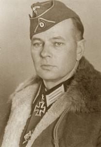 http://www.the-savoisien.com/blog/public/img9/Helmuth_von_Pannwitz.jpg