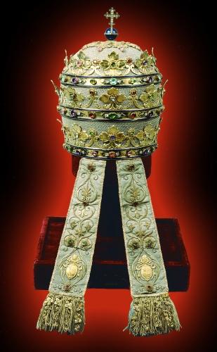 http://www.the-savoisien.com/blog/public/img9/Virgo_Maria/Tiare_papale.jpg
